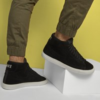Men's Blazer Mid Black on Black Sneaker