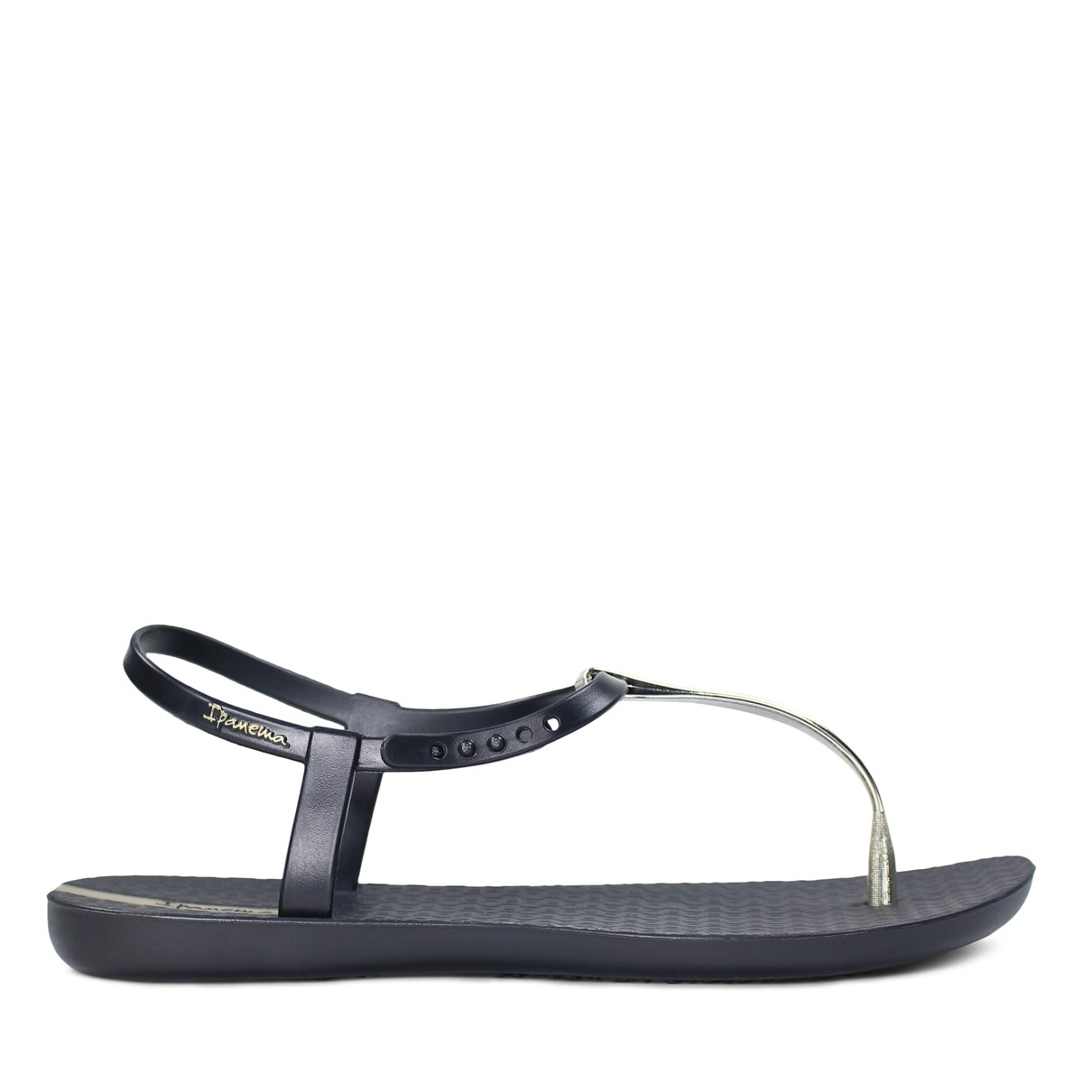 Women's Charm Sandal in Black